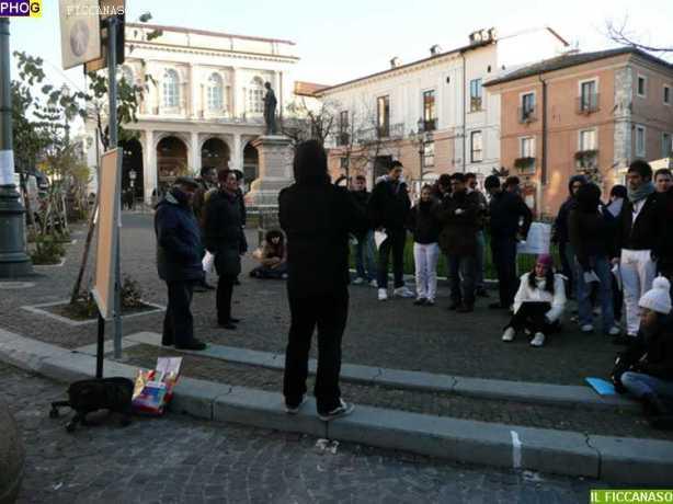 studenti-lezioni-in-piazza41